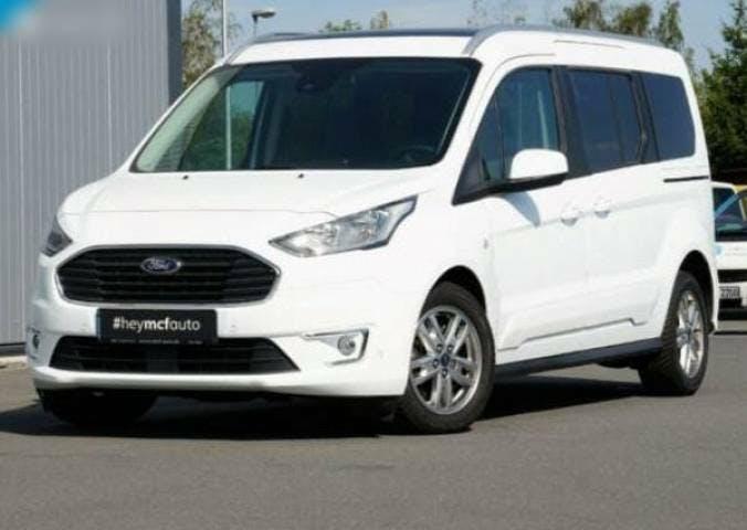 bus Ford Tourneo Courier Familienauto