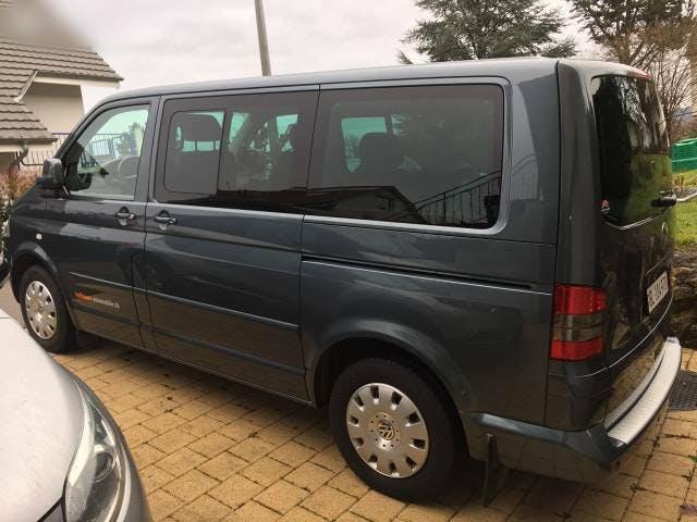 bus VW T5 Fahrzeug