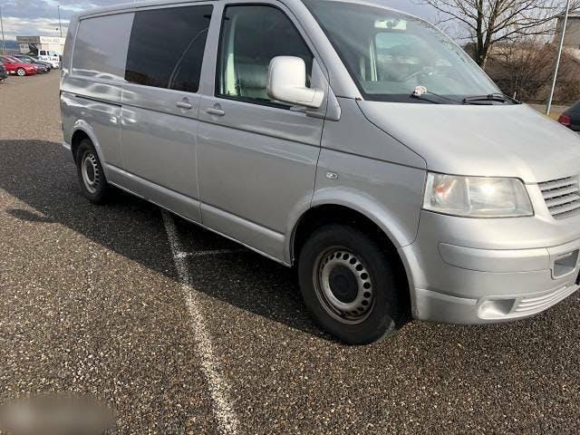 bus VW T5 2.5 TDI Lang Kombi 6 Gang Bus Navi
