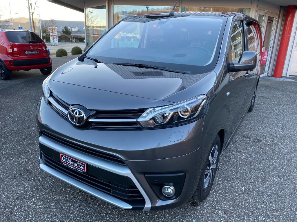 bus Toyota Proace Verso 2.0 D-4D Trend Medium Automatic