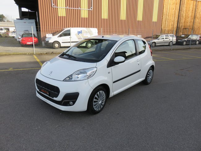 saloon Peugeot 107 1.0 Active