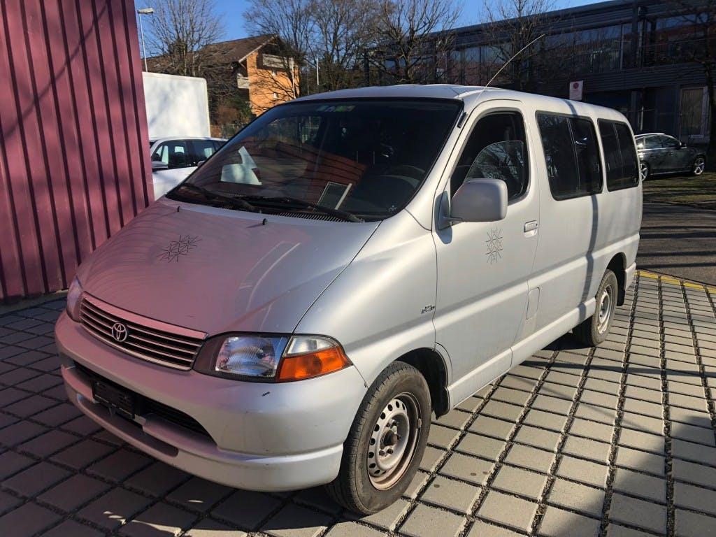 bus Toyota Hiace 2.4TD GL Wagon