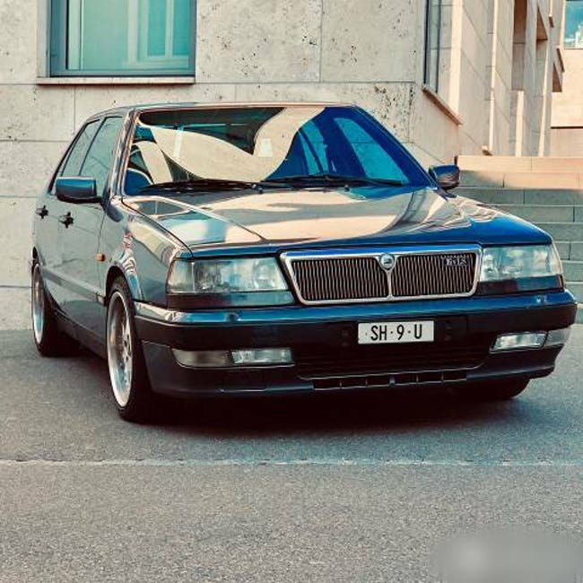 saloon Lancia Thema 2.0l 152PS