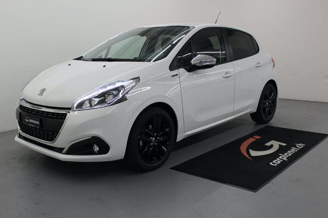 saloon Peugeot 208 1.2 G-Black Edition