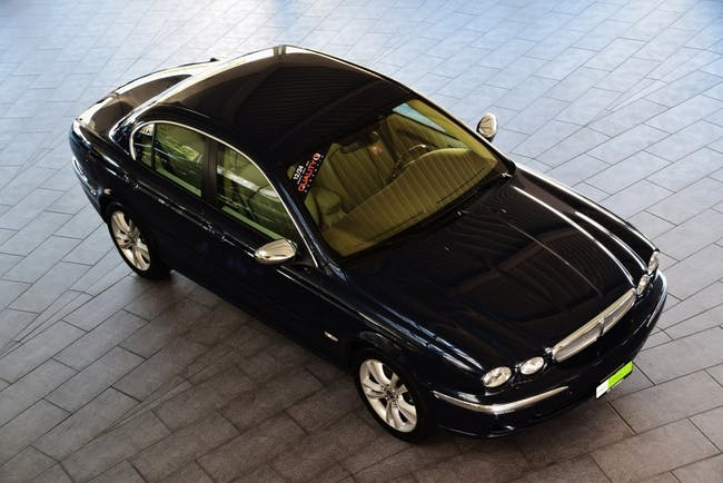 saloon Jaguar X-Type 3.0 V6 Traction4 Sovereign Anniversary Pack