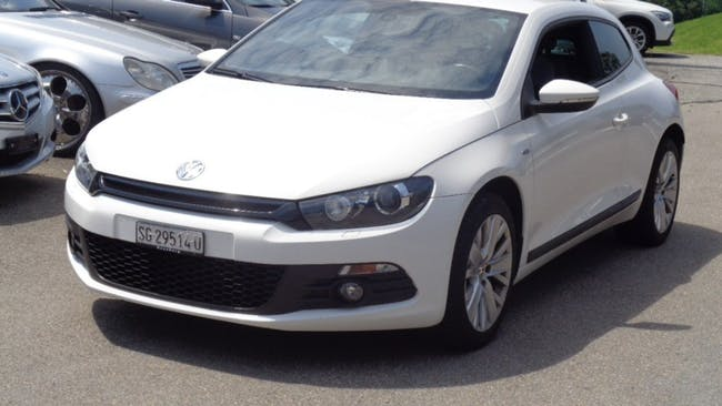 coupe VW Scirocco 2.0 TDI BlueMotion Technology