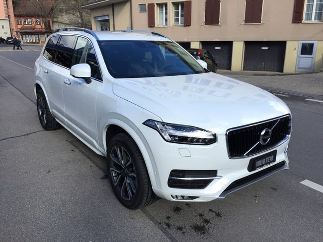 suv Volvo XC90 D5 AWD Momentum Geartronic