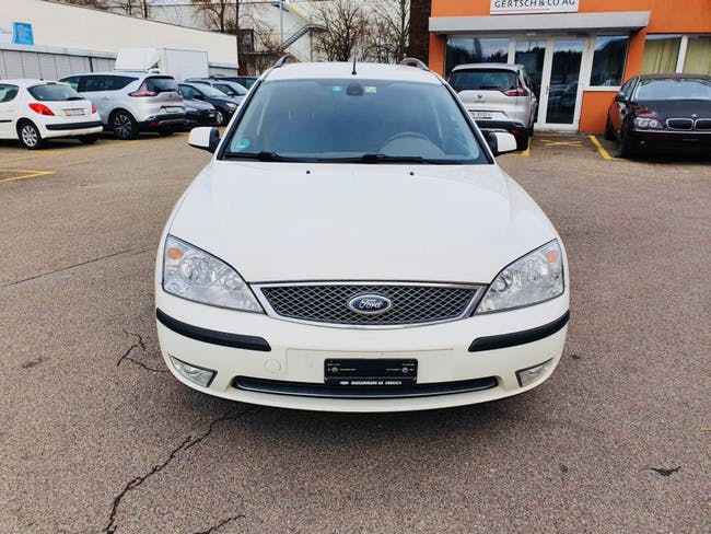 estate Ford Mondeo 2.0i 16V Ambiente