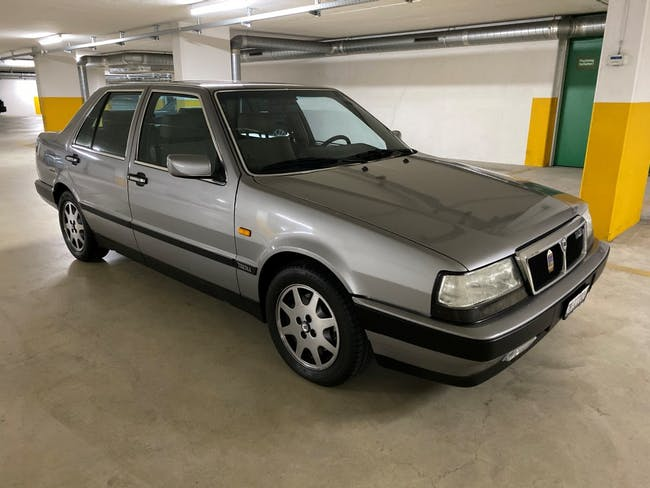saloon Lancia Thema 2.0 i.e. 16V Turbo