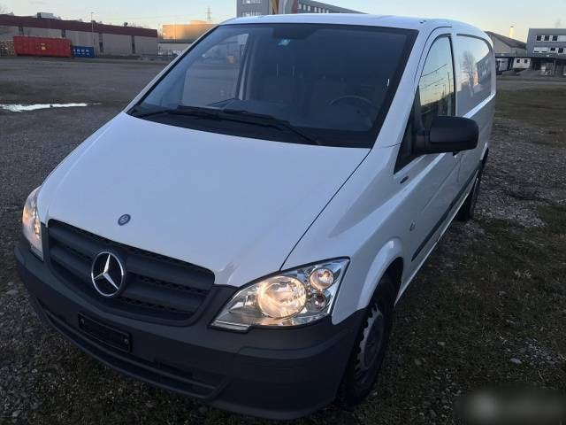 bus Mercedes-Benz Vito 110 CDI