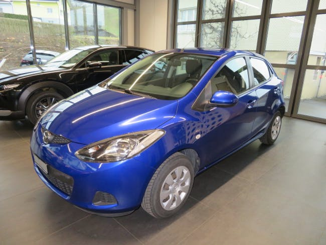 saloon Mazda 2 1.3 86 MZR Exclusive