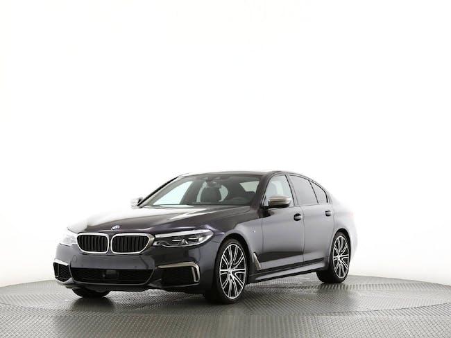 saloon BMW 5er M550d xDrive SAG