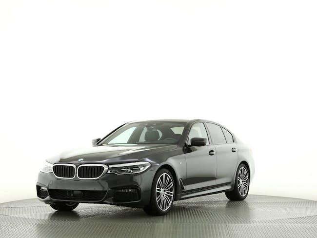 saloon BMW 5er 530i xDrive SAG