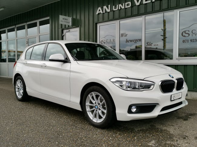 saloon BMW 1er 120d xDrive
