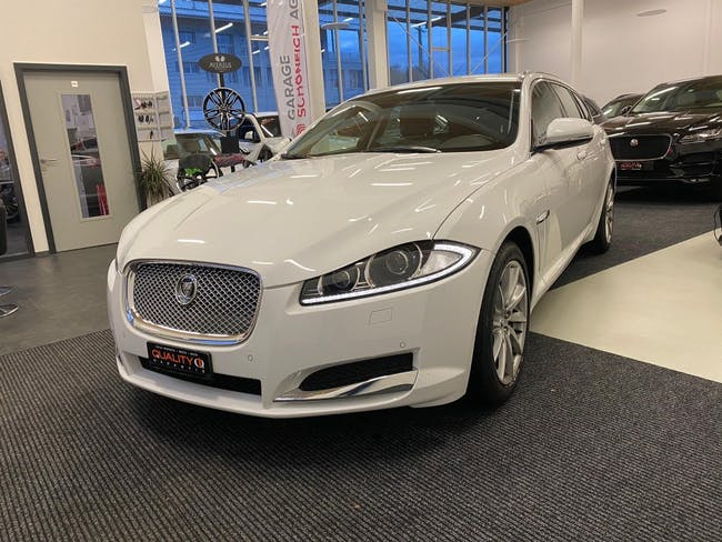 estate Jaguar XF Sportbrake 2.2d Luxury