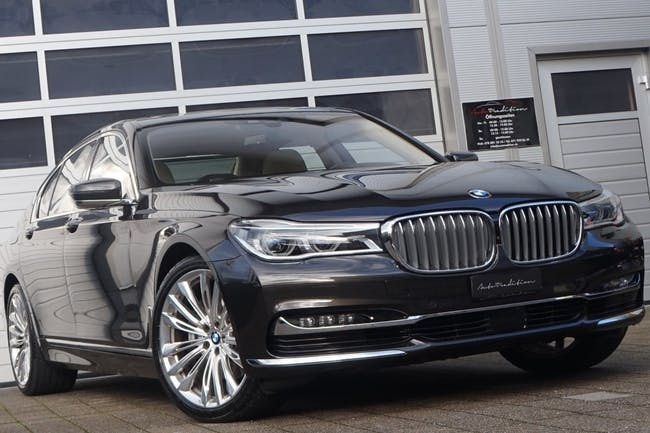 saloon BMW 7er 730d xDrive - FULL OPTION