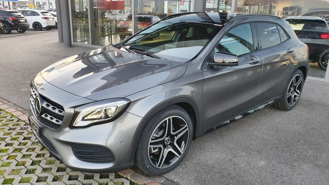 suv Mercedes-Benz GLA-Klasse GLA 220 AMG Line 4Matic 7G-DCT