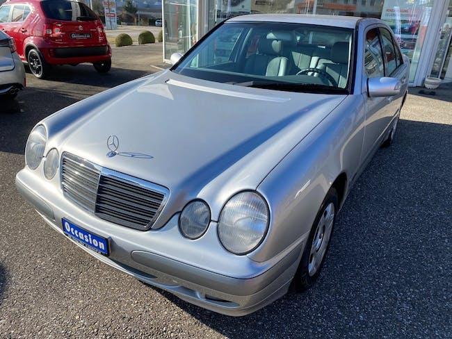 saloon Mercedes-Benz E-Klasse E 240 Classic