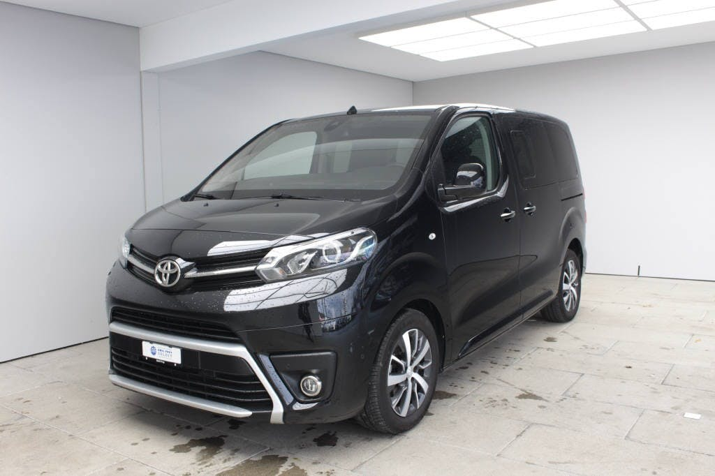 bus Toyota Proace Verso L0 2.0 D Family