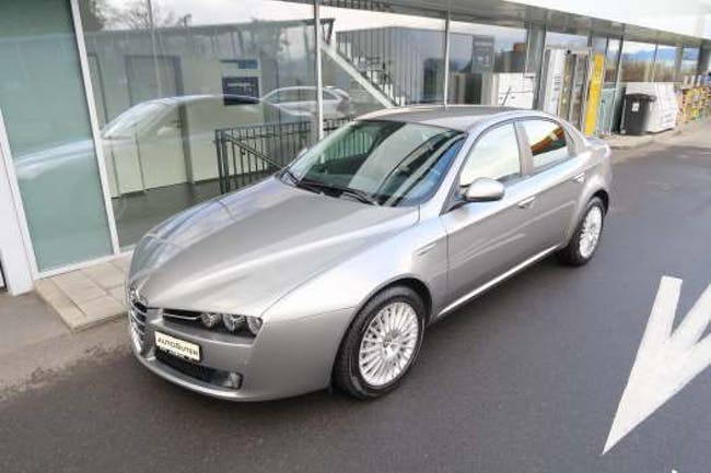saloon Alfa Romeo 159 3.2 JTS V6 Distinctive