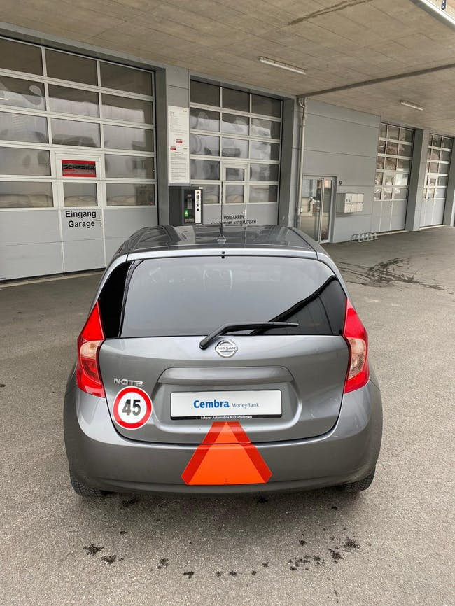 van Nissan Note 1.2 acenta 45Km/h