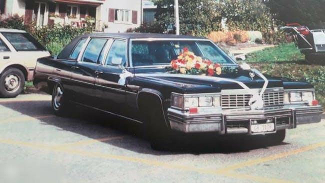 saloon Cadillac Fleetwood Oldtimer Strech Limo 7 Plätzer