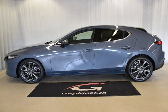 saloon Mazda 3 Hatchback 2.0 180 Revolution
