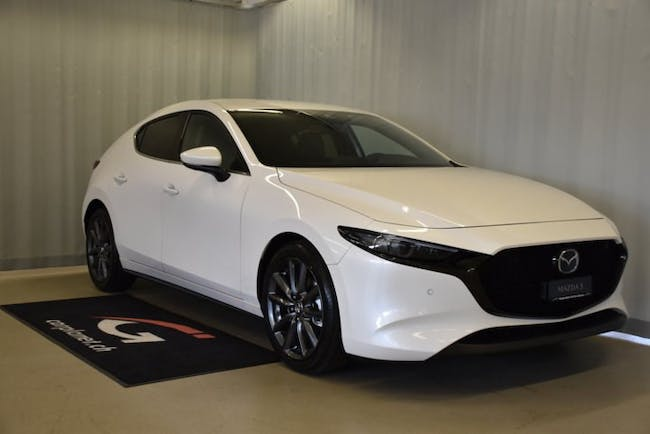 saloon Mazda 3 Hatchback 2.0 180 Revolution AWD