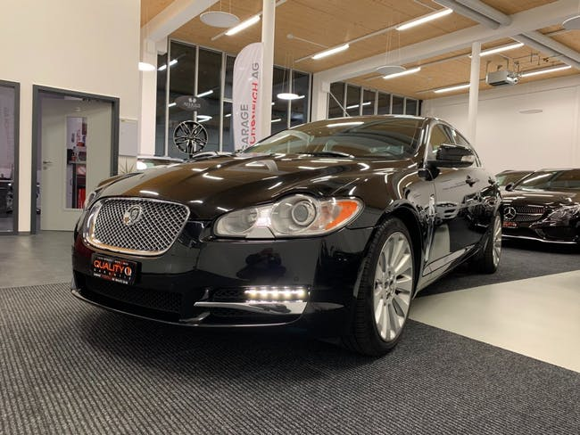 saloon Jaguar XF 3.0 V6 Premium Luxury