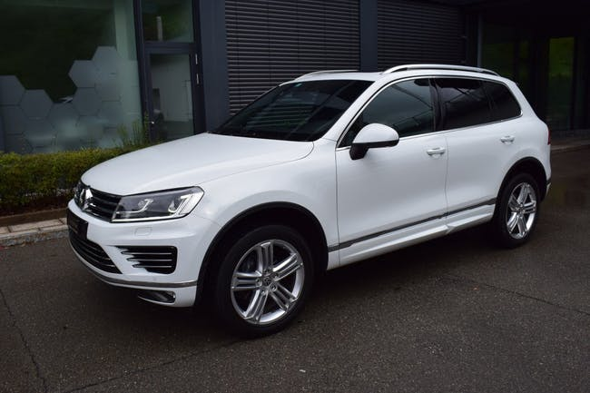 suv VW Touareg 3.0 TDI BlueMotion Technology Tiptronic