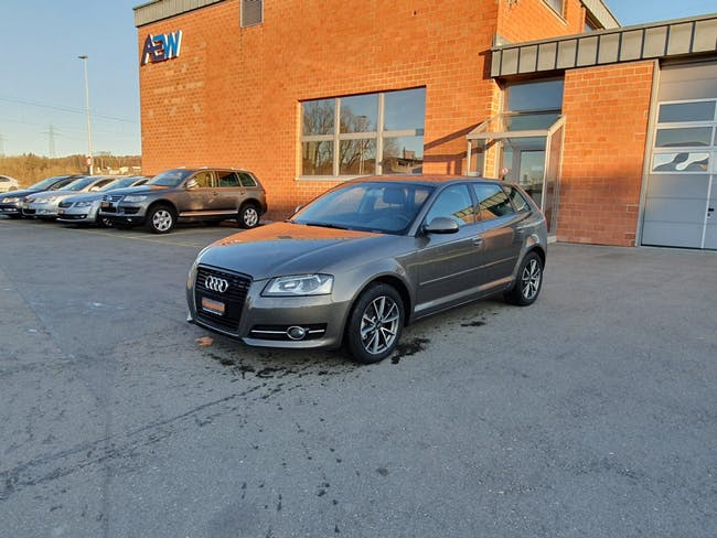 saloon Audi A3 Sportback 1.8 TFSI Attraction