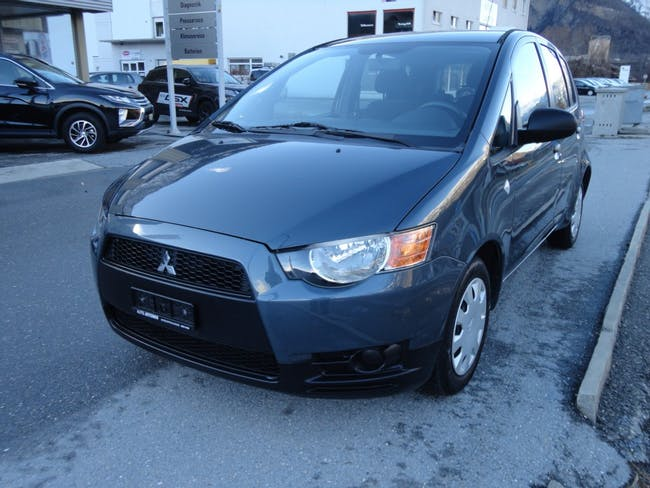 saloon Mitsubishi Colt 1.3 16V City Star ClearTec