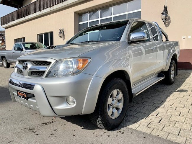 suv Toyota Hilux 4x4 ExtraCab LineaSol