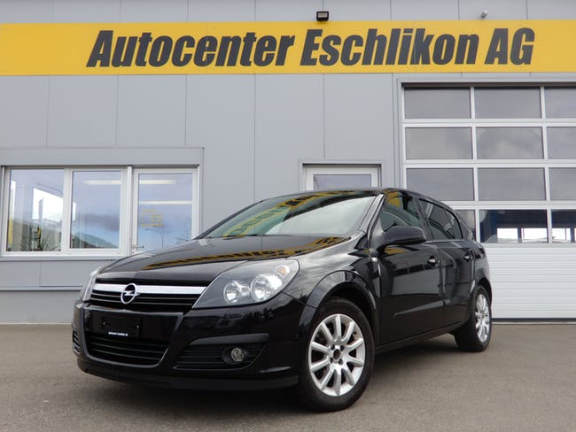 saloon Opel Astra 1.6 16V TP Cosmo