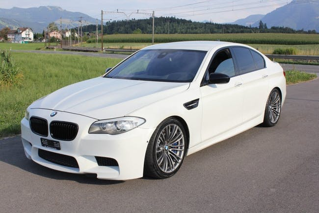 saloon BMW 5er M5 Drivelogic