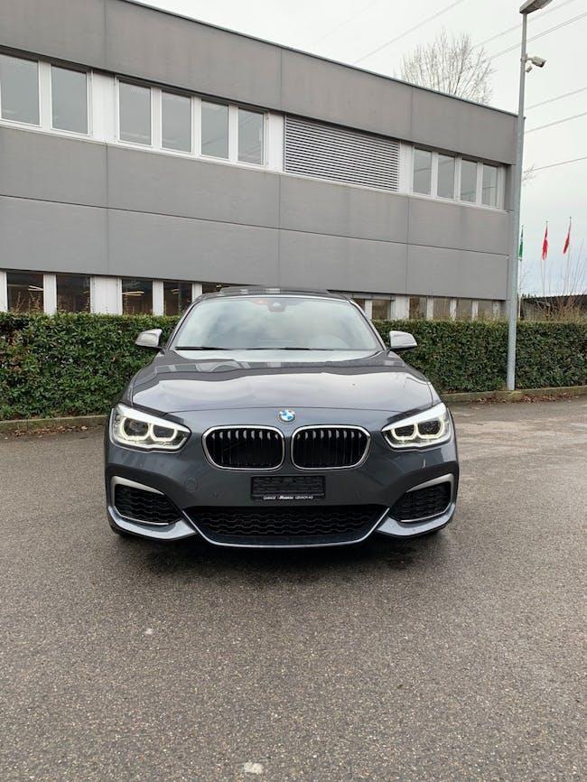 saloon BMW 1er M140i xDrive Steptronic