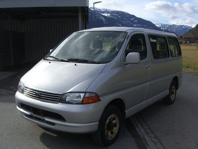 bus Toyota Hiace 2.7 GL Wagon 4x4