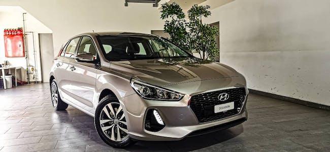 saloon Hyundai i30 1.4 T-GDi Origo