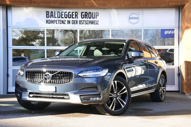 estate Volvo V90 Cross Country 2.0 D5 Pro AWD