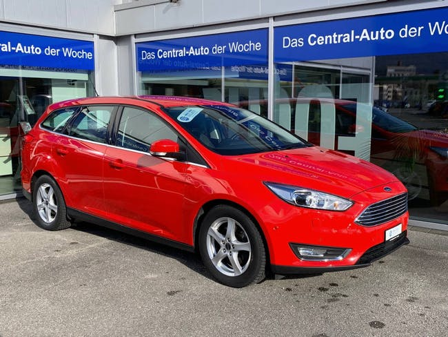 estate Ford Focus 1.5i EcoB SCTi 182 Titanium X