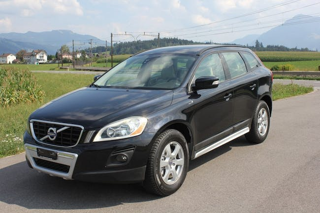 suv Volvo XC60 2.4D Geartronic R Design