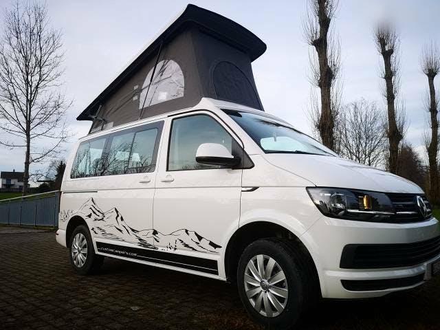 "bus VW T6 ""TRAVELLER 2.8"" - 4Motion - Swissmade Ausbau"
