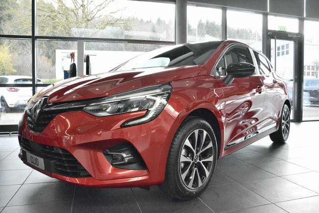 saloon Renault Clio Intens TCe 130 EDC PF