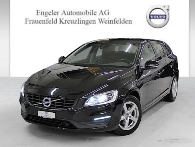 estate Volvo V60 D4 Kinetic