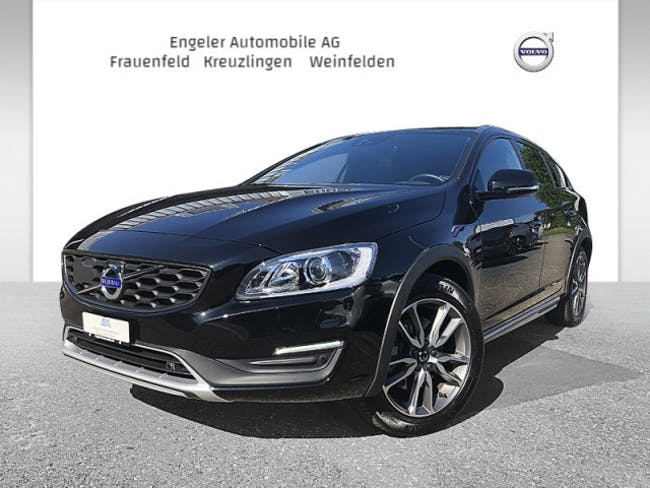 estate Volvo V60 CC D4 AWD Summum