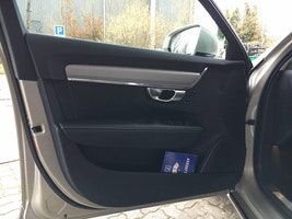 estate Volvo V90 2.0 D3 Momentum AWD