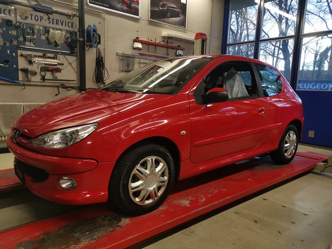 saloon Peugeot 206 1.4 16V XS