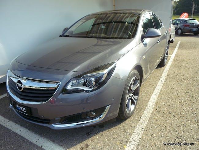 saloon Opel Insignia 2.0 T 4x4 Cosmo