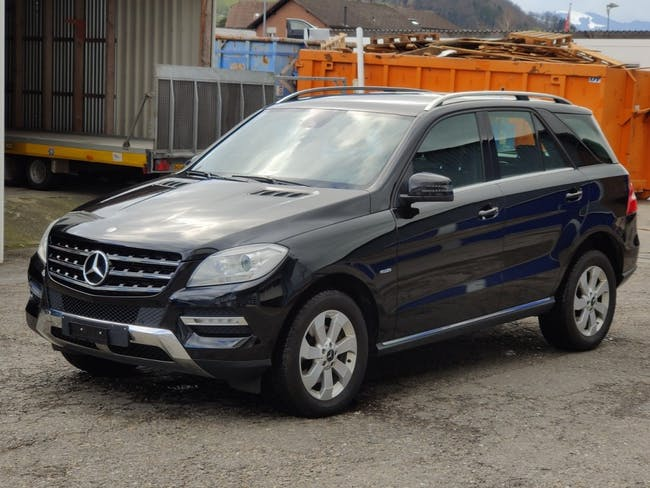 suv Mercedes-Benz M-Klasse ML 250 BlueTEC Edition 4Matic 7G-Tronic