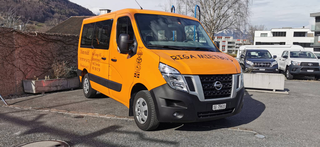 bus Nissan NV400 3.0 Kombi L1H1 2.3 dCi 145 Premium